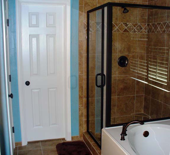 Bathroom remodeling renovations in mansfield tx white for Bathroom remodel 33411